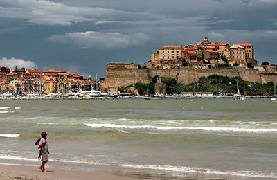 Färjor till Korsika